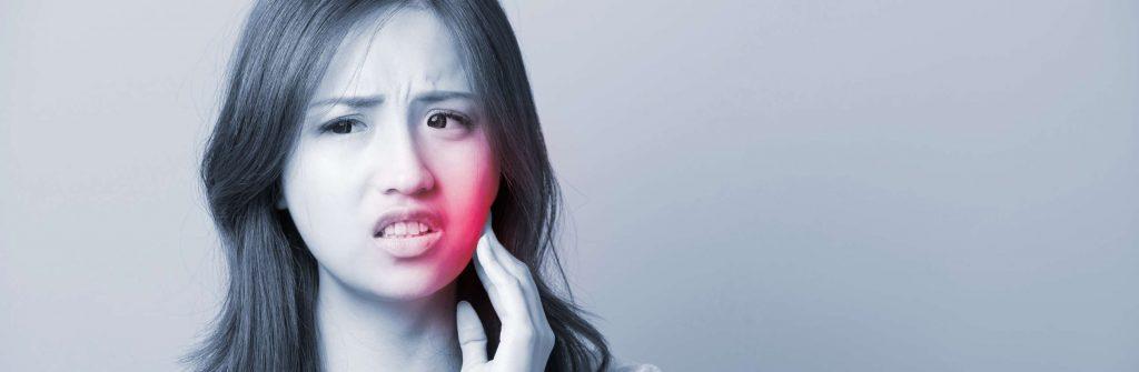 Čo pomáha na afty v ústach a na jazyku, aké sú babské rady a čo je dobré skôr nerobiť