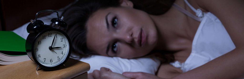 7 tipov, čo je dobré, čo pomáha a čo funguje na nespavosť a ako proti nej bojovať