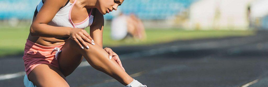 Cvičili ste a neviete, čo je dobré a čo pomáha na svalovicu? Tu sú najlepšie tipy a triky