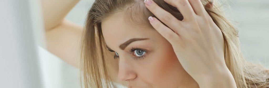 Máte zničené vlasy a chceli by ste vedieť, čo na ne pomáha? Tu sú najlepšie tipy a rady