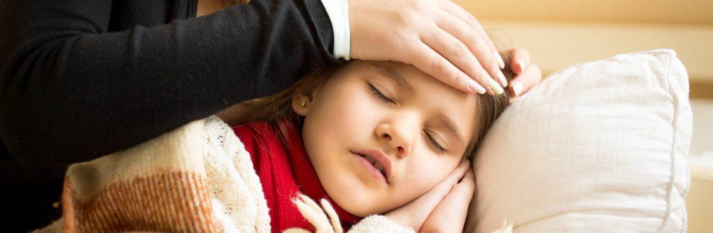 Čo pomáha a čo je najlepšie na kašeľ u detí? Toto je dobré na suchý aj vlhký kašeľ