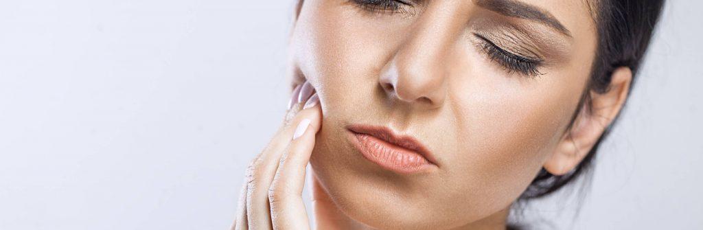 Afty môžu byť na jazyku, v hrdle, na ďasnách, mandliach aj perách. Aká je ich liečba?