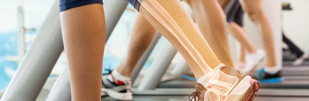 Čo spôsobuje bolesť kostí na nohe, ruke či v celom tele, kedy nastáva a aká je liečba
