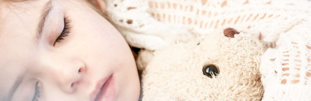 Nočné chrápanie u detí, jeho príčiny, čo pomáha aj na to silné a aká je najlepšia liečba