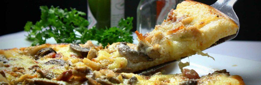 Jesť či nejesť sacharidy pred spaním a na večeru? Odporúčania, kedy ich jesť počas dňa