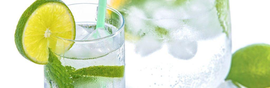 Pomáha citrónová, uhorková, zázvorová, kokosová alebo škoricová voda na chudnutie?