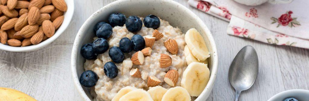 Tu sú najlepšie a rýchle proteínové recepty na jedlá a kokteily na raňajky aj celý deň