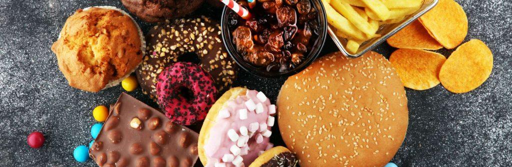 Čo nejesť pri chudnutí alebo ak chcem schudnúť? Vyhýbajte sa týmto 12 potravinám